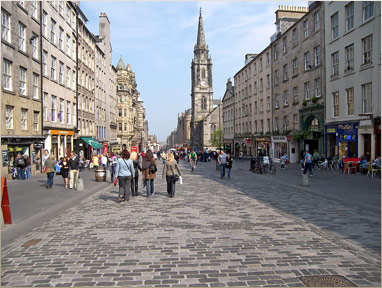 Budget Royal Mile Holiday Apartments In Edinburgh Royal Mile Accommodation In Edinburgh